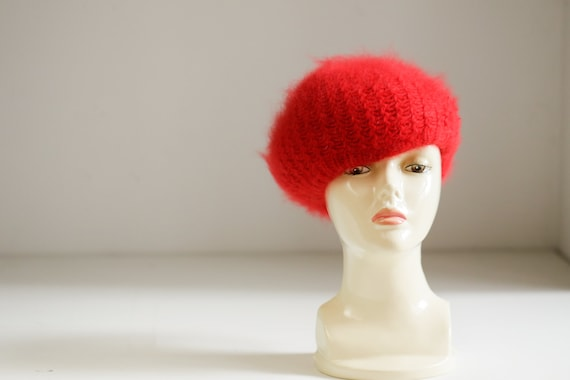 Bright Red Wool Angora Winter Beret | Holiday Fes… - image 3