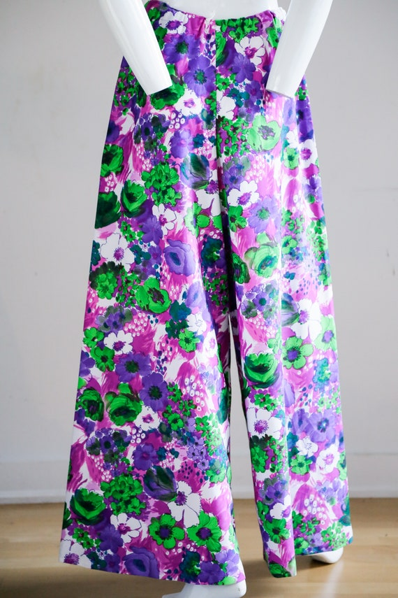 70s Wild Flower Power Purple and Bright Green Wid… - image 8