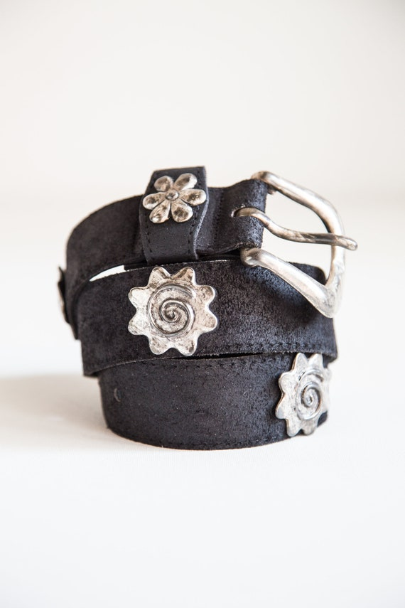 90s Black Leather Belt | 90s Metal and Leather Bel