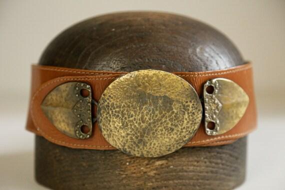 80s Wide Leather Belt with Massive Primitive Gold… - image 3