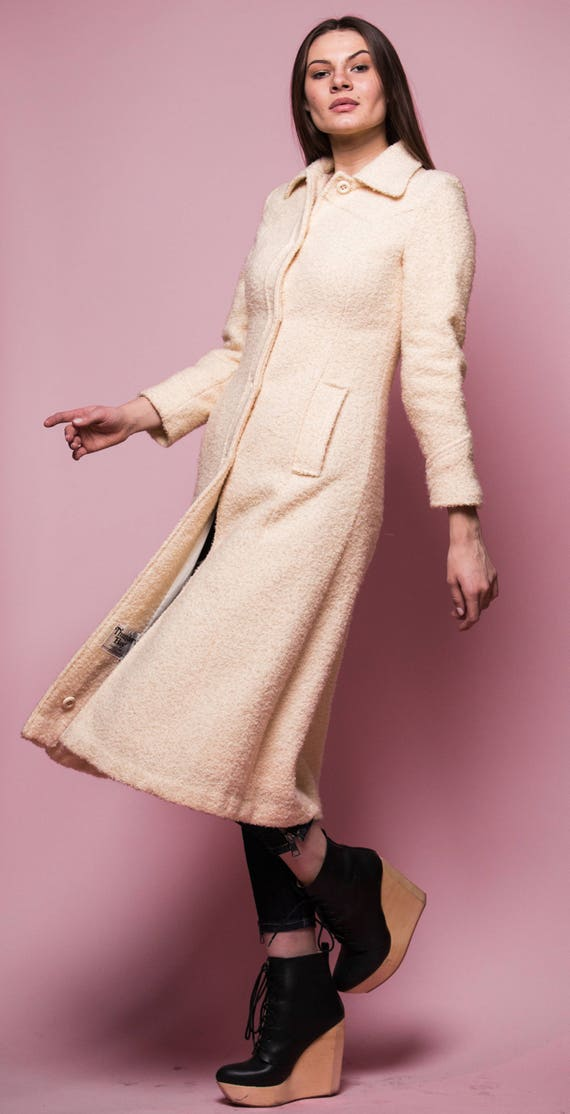Cream Bouclé  Wool  Fall Coat | White Wool Vintage