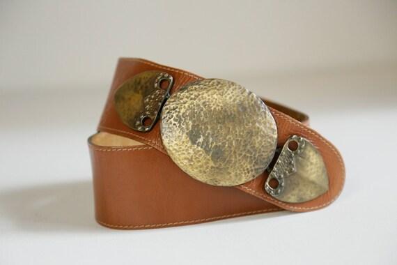 80s Wide Leather Belt with Massive Primitive Gold… - image 5