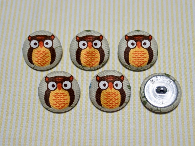 6 Apricot Owl Fabric Covered Buttons Metal Shanks, Metal Flatbacks 30mm