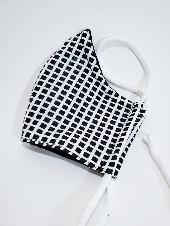 Fashionable, Washable Fitted Face Mask With Filter Pocket and Nose Wire- Black & White Grid