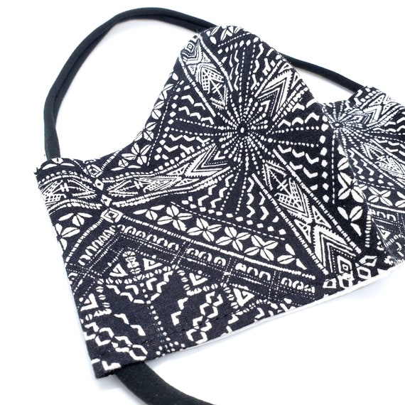 Fashionable, Washable Cotton Fitted Face Mask With Filter Pocket and Nose Wire - Geometric/boho