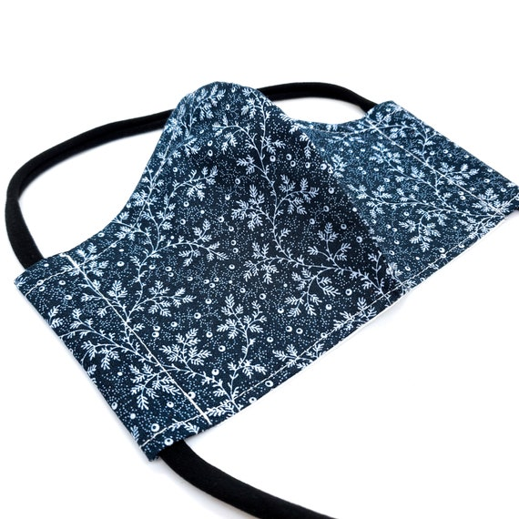 Fashionable, Washable Cotton Fitted Face Mask With Filter Pocket and Nose Wire - Blue Holiday Foliage