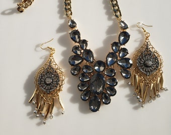 Statement Necklace smoke gray tear drop crystals trimmed in gold with matching earrings (SKU: UVF2PP900)