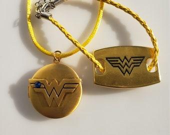 Youth Wonder Woman Gold Pendant Necklace and Bracelet (SKU #UVY2P910)