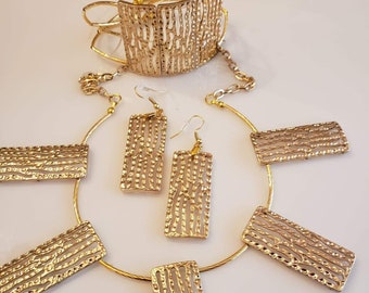 Gold Chocker Necklace, Gold Drop Earrings and Gold Bracelet Handmade (SKU #UV2P615)
