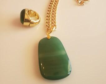 Emerald green precious stone and gold pendant gold chain; emerald green precious stone ring (SKU #UV3P1015)