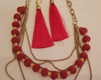Red and Gold Necklace and Earrings (SKU #UV2P501)