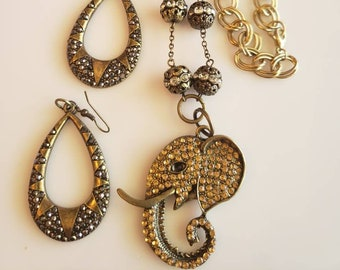 Gold and Crystal Amber Elephant Pendant Necklace and  Earrings (SKU #UV2P895)