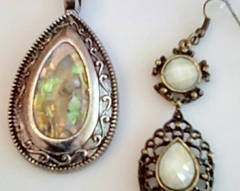 Antique Silver pendant. Cream marble stone necklace. Cream Marble Round bead teardrop cream marble earrings (UVF2PP720)