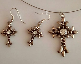 Antique Silver Cross with Matching earrings (UVF2PP705)