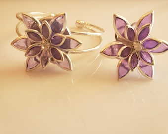 Deep purple and silver flower bracelet with silver trim; purple and silver flower ring (SKU# UV2PY1012)