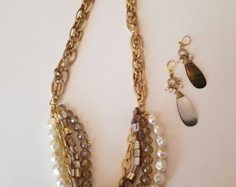 Gold, mother of pearl and white pearl Necklace and Earrings (SKU #UVF2PP203)