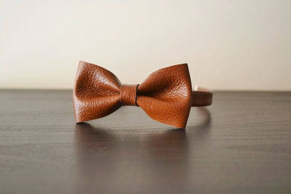 0f4bc873b744 Brown leather bowtie / Brown leather bow tie / Bowtie for men | Etsy