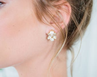 POPPY classic elegant pearl bridal statement stud, glamorous art deco wedding earrings, bridesmaid gift