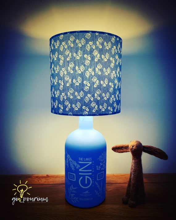THE LAKES GIN Lamp (Explorer Edition)