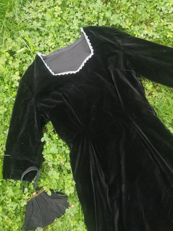 Vintage 30s 40s velvet dress beaded artdeco