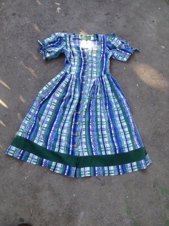 Vintage dirndl dress 80s does 50s Austrian