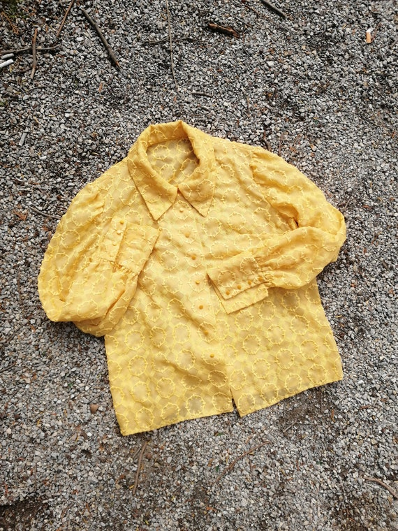 Vintage 50s 1950s  60s blouse shirt yellow