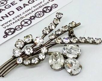 Vintage Brooch, Vintage Pin, 1950s Brooch, 1950s Pin, Clear Rhinestone  Brooch, Rhinestone Pin, Crystal Brooch, Crystal, Wedding, Vintage Pin