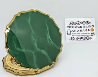 95mm Vintage scalloped Stratton powder compact,  green enamel Stratton compact, Stratton compact, vintage enamel compact,NB MISSING MIRROR
