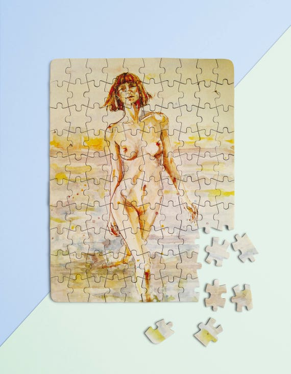 Female nude jigsaw puzzles