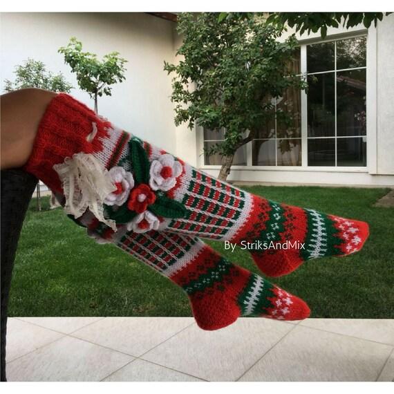 Weihnachten Socken mit Blumen in Weihnachtsrot grün und weiß | Etsy
