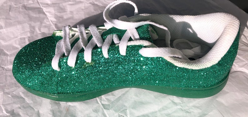 Shipping* JCo.Customs by Kitty Paws Shoes Emerald Green Shoes Women/'s Green Glitter Shoes with Green Sparkle Bottoms *Free U.S