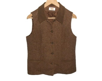 Vintage Herringbone Tweed Vest / Two Hip Pockets with Contrasting Trim / Womens / Girls / Misses / Size 10 / Large /Lrg / L / Brown