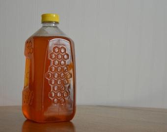 5 Pounds Raw Michigan Wildflower Honey. Bulk honey. Jug of honey.