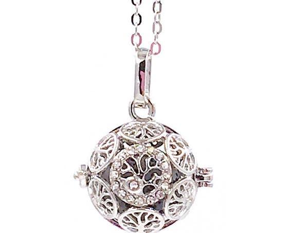 New tree of life locket, Holiday Sale, Essential Oil diffuser Necklace, diffuser locket, essential oil locket, lava bead necklace, dainty