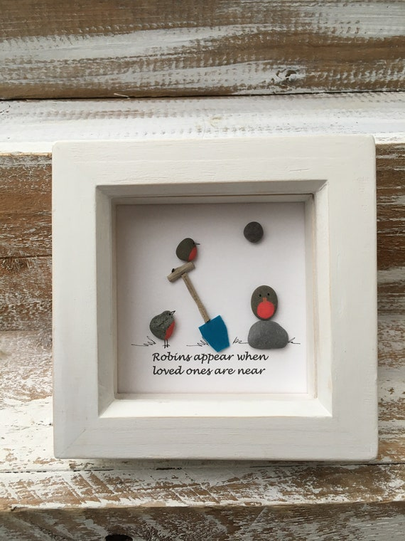 Robins Appear When Loved Ones Are Near. Robins Appear Quote. Robin Pebble Art. Bereavement gift. Memory gift. Robin PIcture.