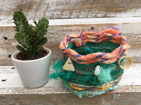 Marine plastic basket. fishing rope bowl. upcycled bowl. planter. trinket bowl. gift for Mum. Christmas/Birthday gift. quirky gift.
