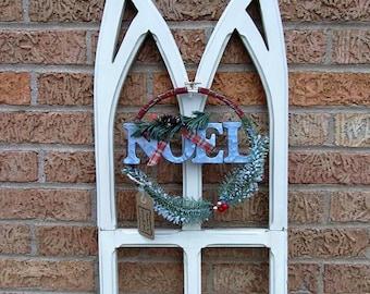 Noel Holiday Hoop Wreath