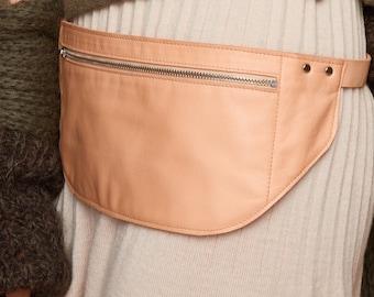 hip bag, bum bag, belt bag, Belt Bag tan Leather, Flat Bum Bag, Hip Bag, Fanny Pack, Festival Bag,, vegetable tanned leather, SABRINA WEIGT