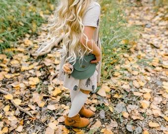 Scout purse   in fern