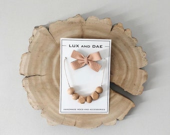 Gift set   chelsea bow + necklace