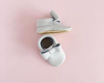 Pearl grey + Gold