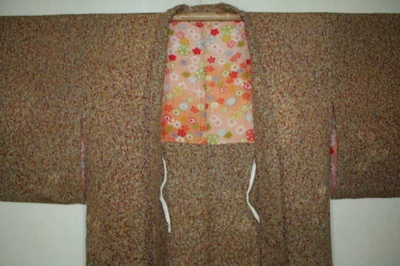 Japanese vintage soft silk beautiful haori coat jacket of Pattern of striped beige background