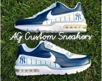 05808c203243 Custom New York Yankees Air Max Sneaker