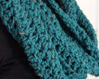 THE TRAVELER // Chunky Speckled Infinity Scarf // Flecked Scarf //Cowl // Hood