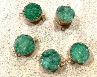 1 pc emerald green druzy connector gold electroplate  boho jewelry making supplies. Beaded tassel co. Wholesale bulk. Bohemian style