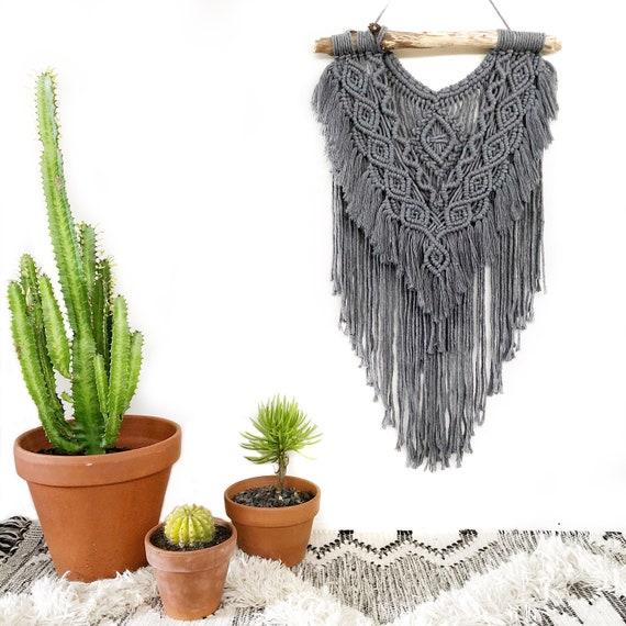 "Macrame Wall Hanging ""Balance"" in Grey"