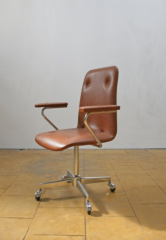 Awesome Vintage Rusty Brown Leather Swivel Desk Armchair Office Loft Workspace Industrial West German Mid Century Modern Executive Retro Studio Mcm Pdpeps Interior Chair Design Pdpepsorg
