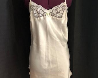 2acb04e27d2 Vintage Victoria Secret Off White Slip Dress - Size Small