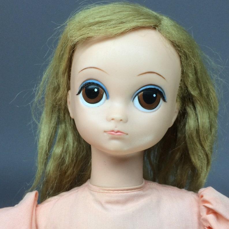 Royal Lonely Lisa  Big Eyed Vintage 1960s Doll in Original image 0