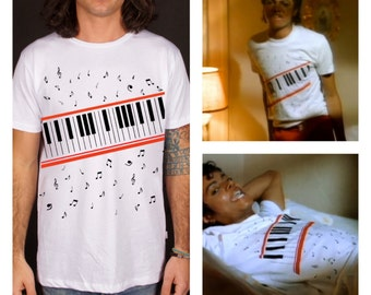 Michael jackson tee, beat it t-shirt , music note t-shirt, king of pop, apparel, clothing, t-shirt, 100% cotone, made in Italy, gift idea,